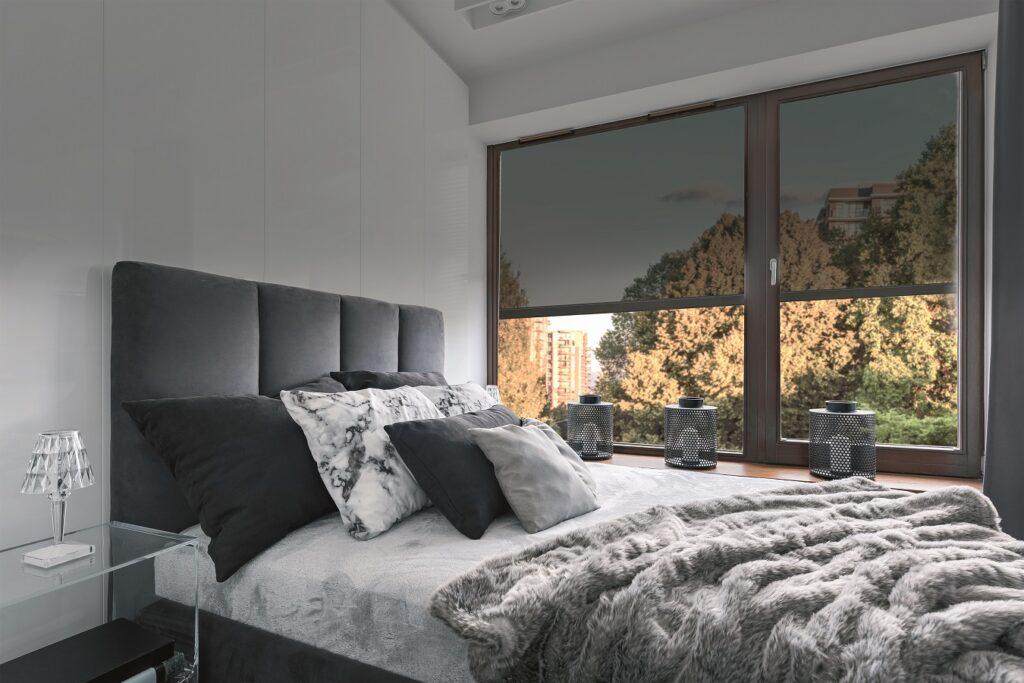 Osłony okienne – czy są lepsze niż klimatyzator?